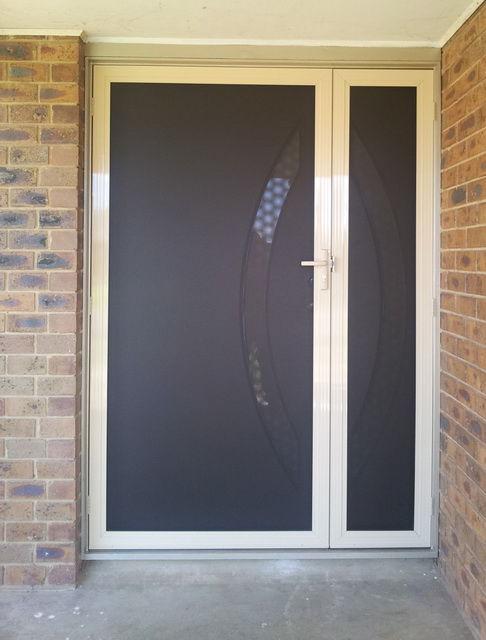 & Clear Security Doors pezcame.com